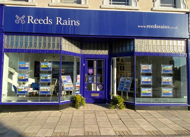 Reeds Rains Clevedon Branch Exterior Shot